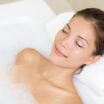 Прием ванны перед энзимной эпиляцией